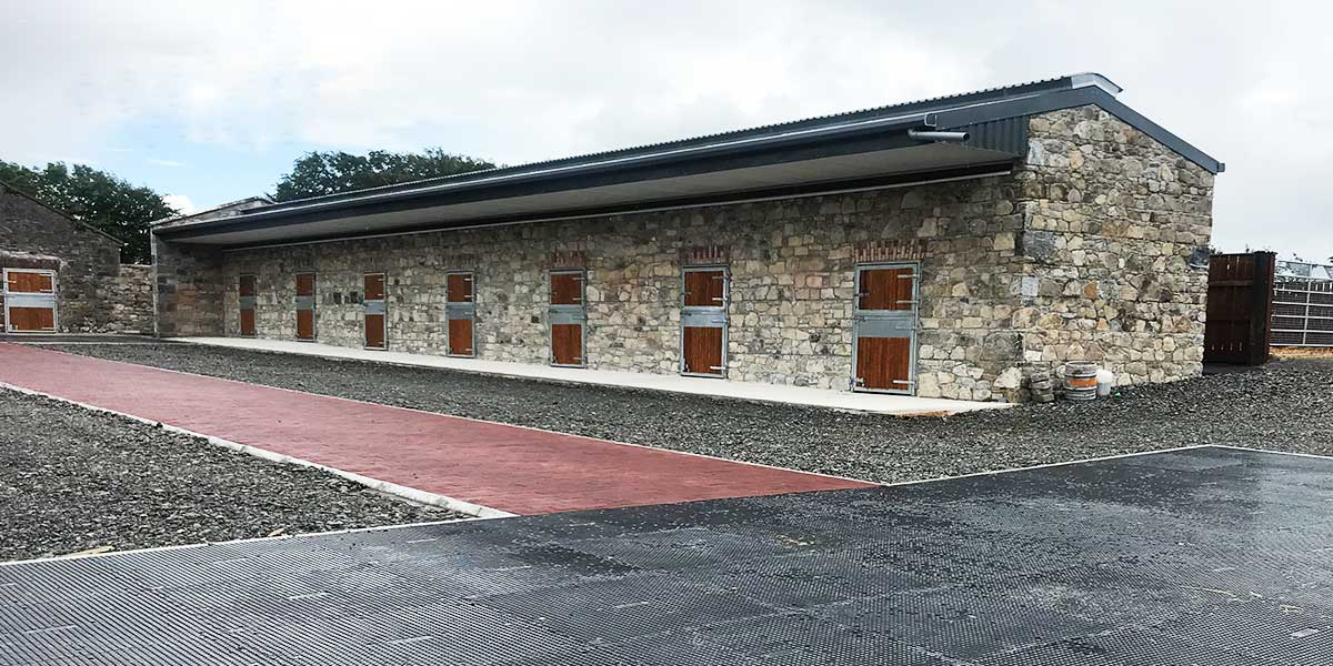 Equestrian-Farm-Tipperary